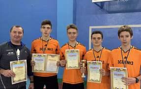 Вітаємо команду учнів із зайнятим ІІІ місцем у фінальному етапі Чемпіонату м. Тернополя з баскетболу серед юнаків !!!