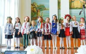 У День української писемності та мови учні ТСШ №3 відкривали секрети бабусиної скрині